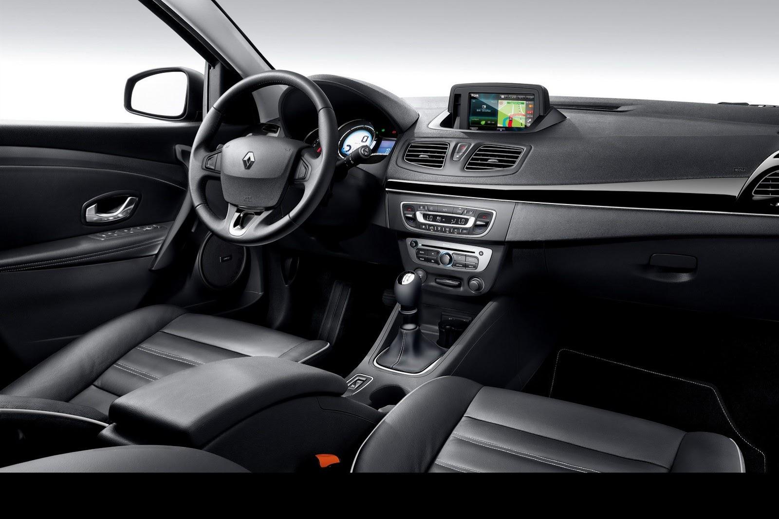 2013-Renault-Fluence-8